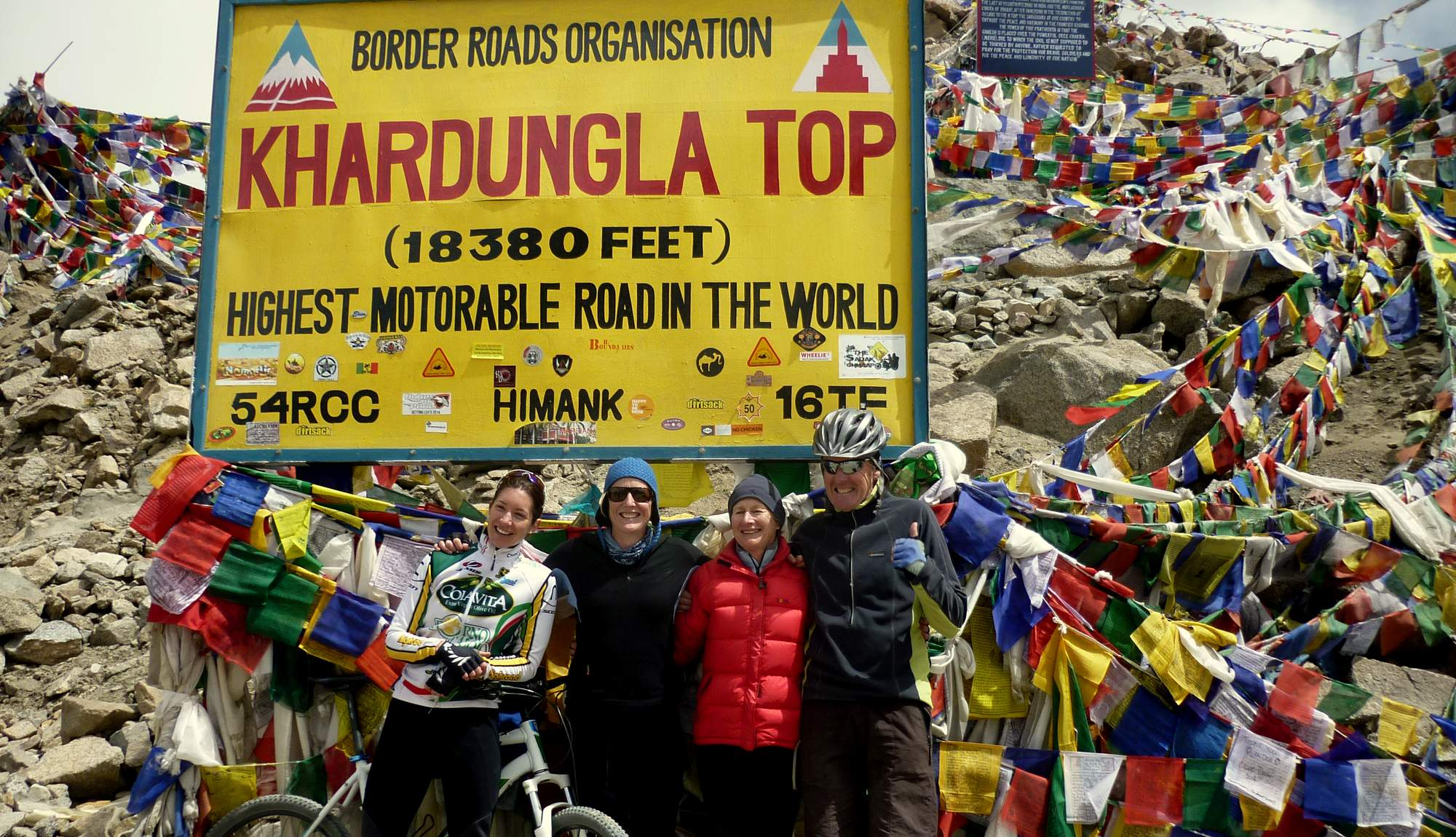 Cycling up The Khardung la Pass