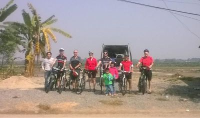 Andy Pitts Cycling on the Vietnam to Laos tour with redspokes