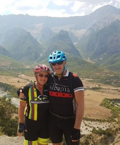 Joanne & Simon Belton Cycling on the  tour with redspokes