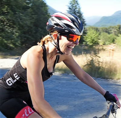 Beth de Sousa Cycling on the  tour with redspokes
