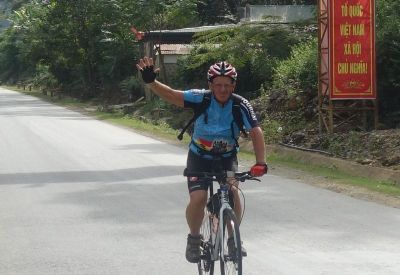 Binon André Cycling on the 4 Countries, 3 Weeks tour with redspokes