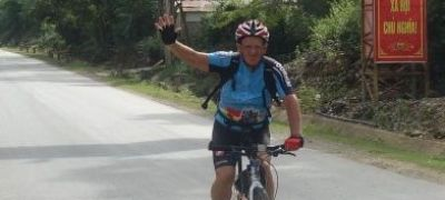Binon André Cycling on the  tour with redspokes