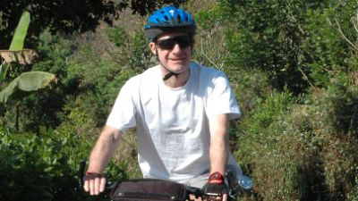 Ian McIntosh Cycling on the India - Kerala tour with redspokes