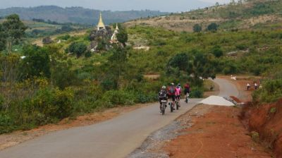 Martin Hamilton Cycling on the Burma - Mountains, Beaches & Stupas tour with redspokes
