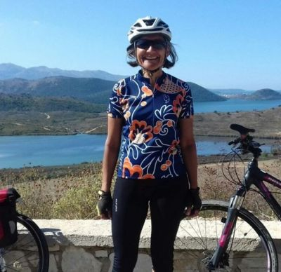 Minaxi Patel Cycling on the Albania - Classic tour with redspokes