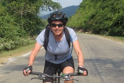 Evelyn Mullins Cycling on the  tour with redspokes