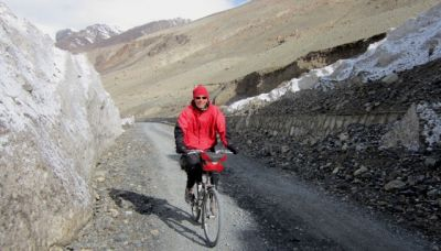 Dave Griffiths Cycling on the  tour with redspokes