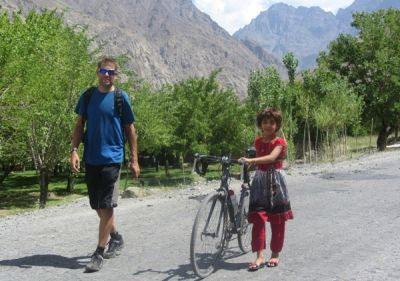 Nigel Hardy Cycling on the Tajikistan to Kyrgyzstan   tour with redspokes