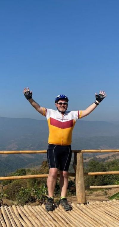 Tom Carroll Cycling on the  tour with redspokes