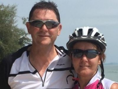 Jackie & Chris Bell Cycling on the  tour with redspokes