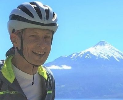 Lon Dubey Cycling on the Chile & Argentina tour with redspokes