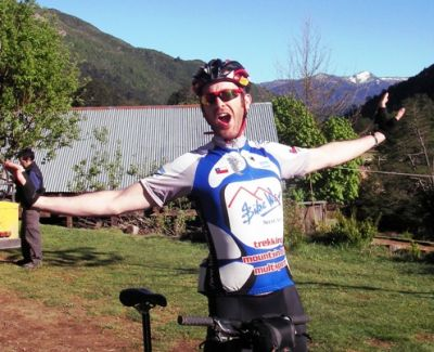 Dermot Bailie Cycling on the Chile & Argentina tour with redspokes