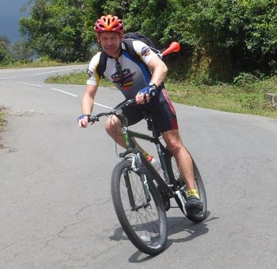 Ray Knowles Cycling on the India - Kerala tour with redspokes