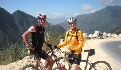 Sarah and John Blyth  Cycling on the Vietnam N.W   tour with redspokes