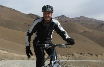 Steve Owen Cycling on the Karakoram Highway to Kyrgyzstan tour with redspokes