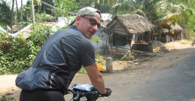 Alastair Macpherson Cycling on the India - Kerala tour with redspokes