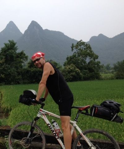 Ian Hadden Cycling on the  tour with redspokes