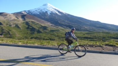 Louis Rosenthal Cycling on the Chile & Argentina   tour with redspokes