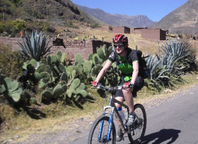 Lisa Eagle Cycling on the Peru - The Andean Dream tour with redspokes