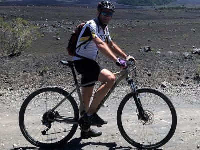 Richard Munday Cycling on the Chile & Argentina tour with redspokes