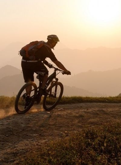 Christian Clausing Cycling on the Nepal tour with redspokes