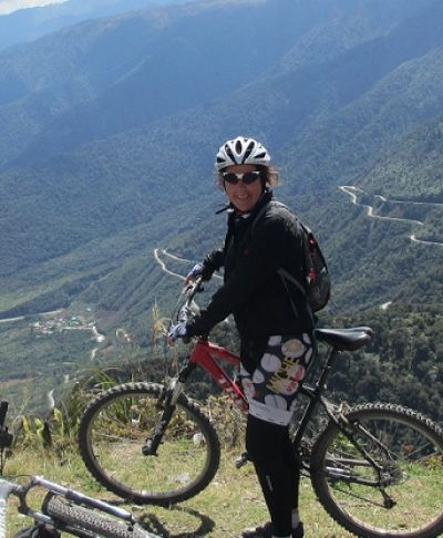 Sandra Groenewold Cycling on the Peru & Bolivia  tour with redspokes