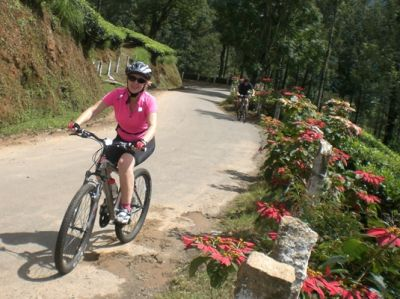 Yvonne Knowles Cycling on the India - Kerala tour with redspokes
