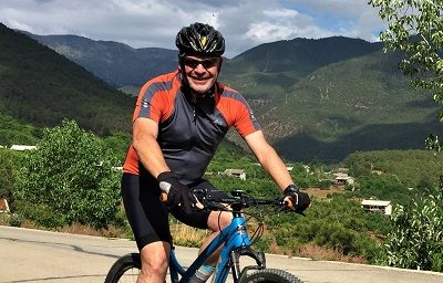 Braam De Villiers Cycling on the China - Yunnan tour with redspokes
