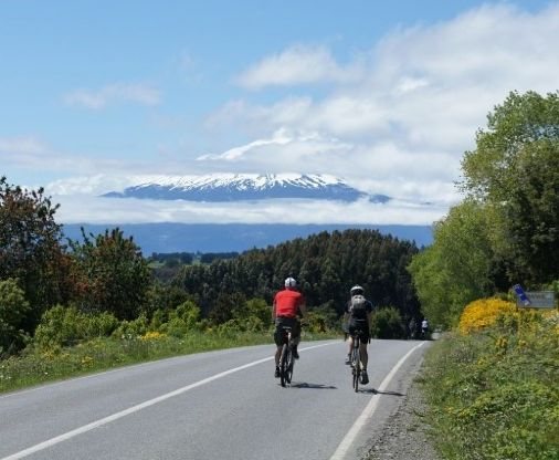 Cycle Chile on the Chile Custom Tours cycling tour